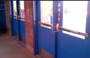 exit bar barracade