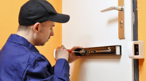 Commercial locksmith2